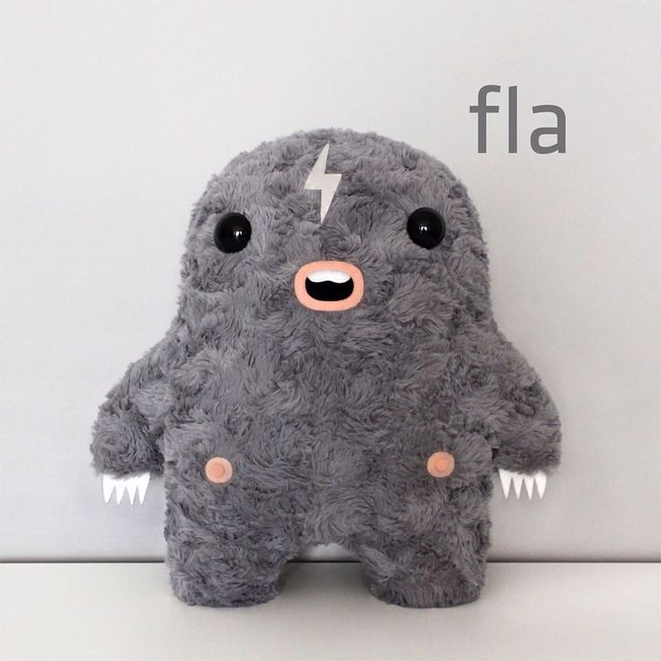 H I ! ⚡️ #fitimonsters #handmade #characterdesign #monster #creature #plushie #softie #softsculpture #furry