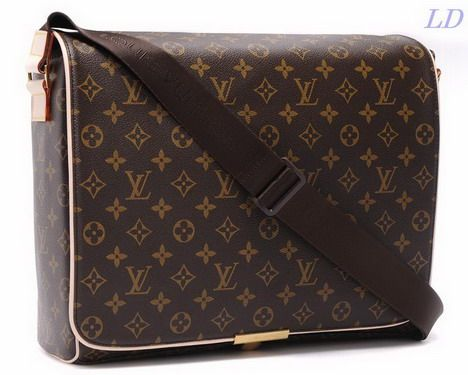 I love LV. This bag is my collection... XO Carlos