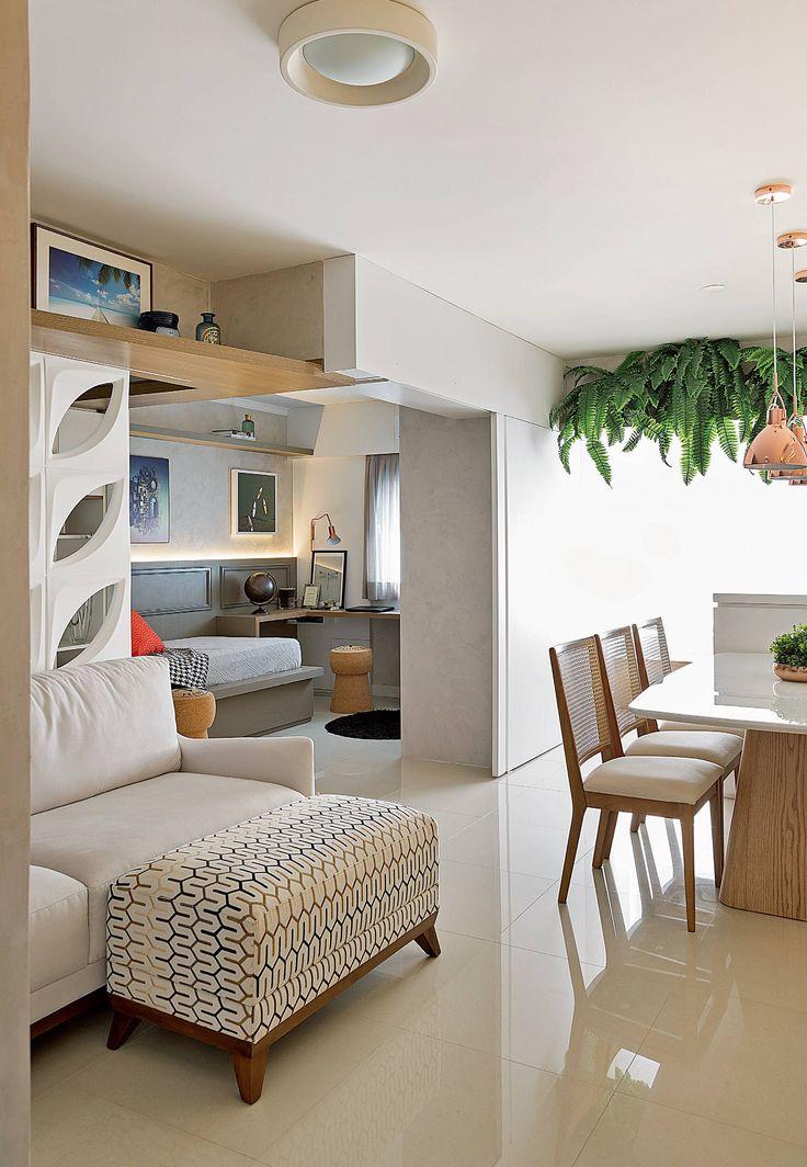 Tudo neste apartamento paulistano reflete os maiores desejos dos moradores: viver em um oásis de tranquilidade e receber bem os amigos