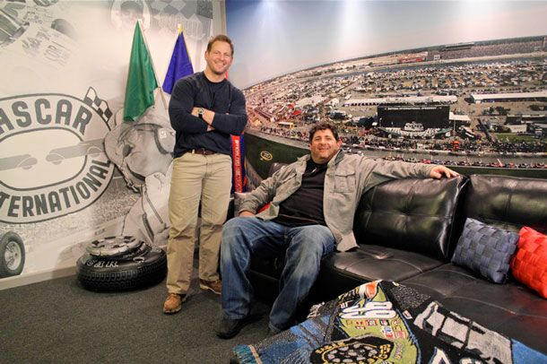 Diy Network S Quot Man Caves Quot Reveals The Ultimate Race Suite