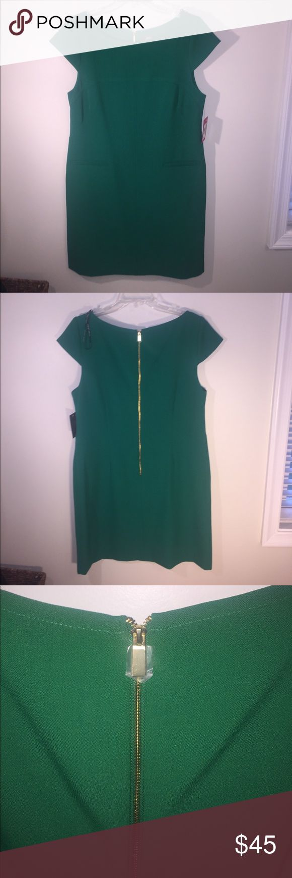 "NEW Vince Camuto Sz 12 Kelly Green Dress NEW Vince Camuto Gorgeous Sz 12 Kelly Green Dress w/Gold Back Zip Arm Pit to Arm pIt 18"" Across Vince Camuto Dresses Midi"
