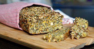Glutenfritt nøttefrøbrød – Berit Nordstrand