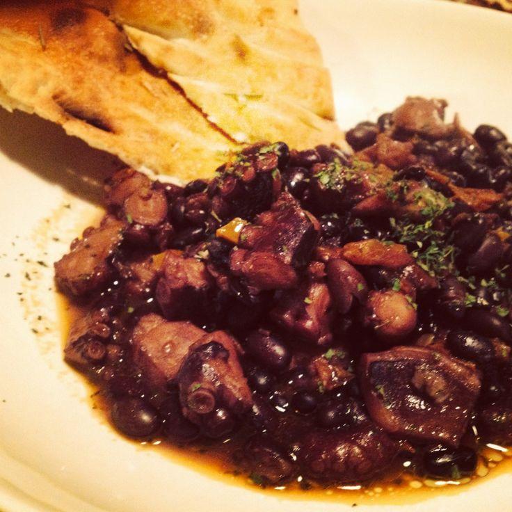 Zuppa di fagioli neri e polpo #foodfriday #food #recipe