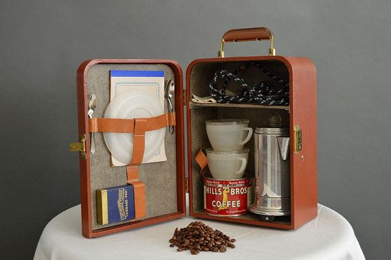 - Vintage 1950s Vogue travel coffee kit with por PinstripeVintage -