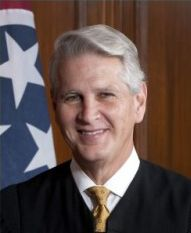 Tennessee Supreme Court Chief Justice Wade Establishes UT Scholarship