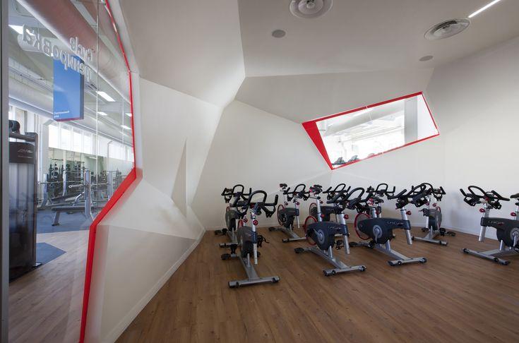 Дизайн фитнес-клуба «Смена» в Москве