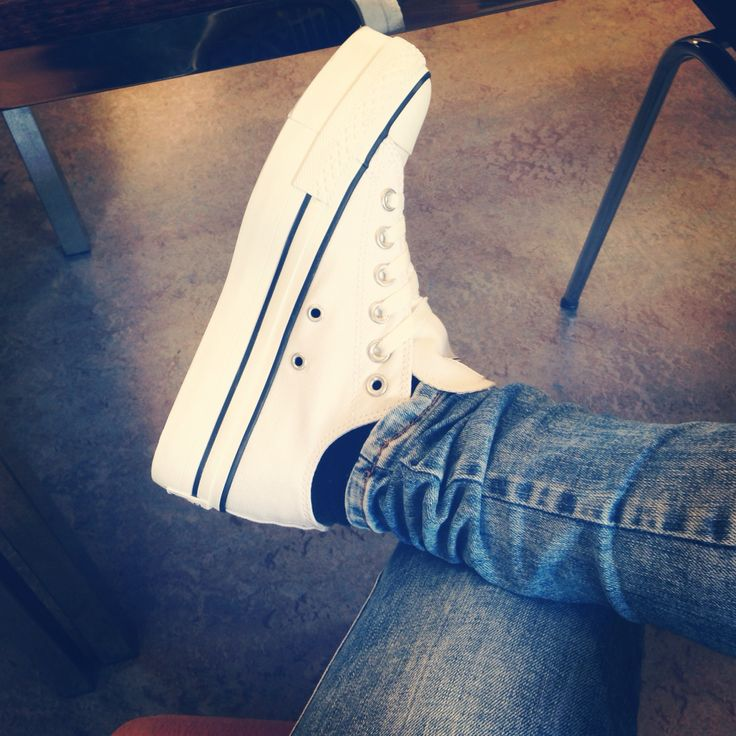 love my converse with plateau