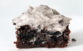 Yammie's Noshery: Oreo Brownie Cupcakes