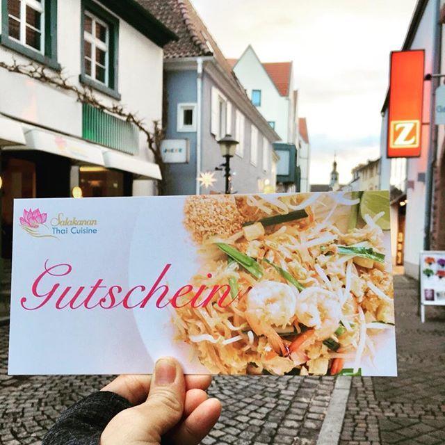 All I want for Christmas is you ... Salakanan® ... >>>THAI Restaurant Gutschein ... #SalakananThaiOffenburg #Salakanan #THAI #offenburg #deutschland #bangkok #thailand #wellness #massage #spa #cuisine #restaurant #bistro #Geschenk #Gutschein #zinser #christmas #weihnachten
