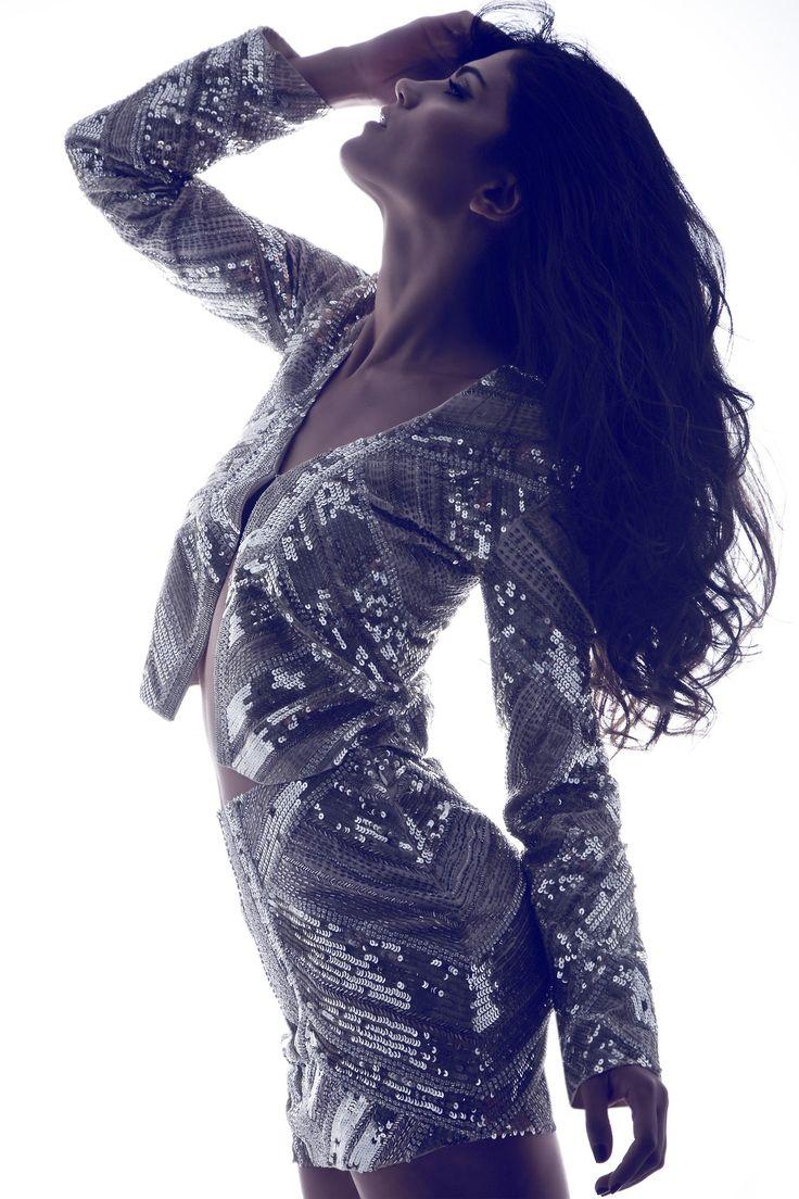 Mary Sinatsaki by Haris Farsarakis styling by Apostolis Gofas hair / make-up by Spyros Samoilis