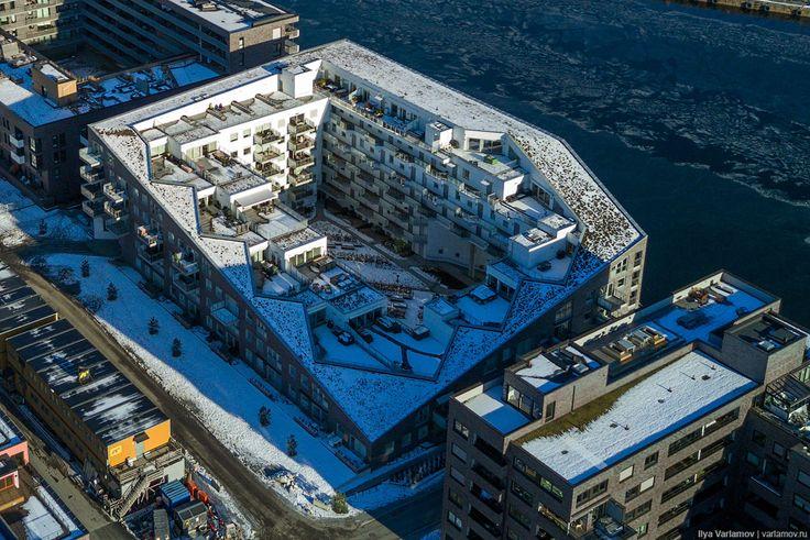 У нас тут в Москве Собянин решил снести не только пятиэтажки, но и девятиэтажки! Сносить, говорят, будут целыми кварталами. А что построят на месте снесенного?…