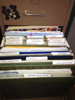 Best 25 File Folder Labels Ideas On Pinterest Storing Kids Artwork School Items And Folder