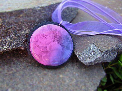 Atelier-Muza / Náhrdelník ružičky