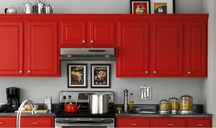 Red Kitchen Cabinets, I would like this with black granite, stainless appliances and a splash of ??? something not sure ...