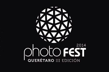 Este mes empiezo a trabajar en PhotoFest. PhotoFest es un festival de fotografía que se dedica a exponer fotografía de National Geographic. Los fotografos de NG vienen a Querétaro esa semana y dan conferencias. Trabajando con ellos voy a ayudarles en toda el area administrativa del evento.