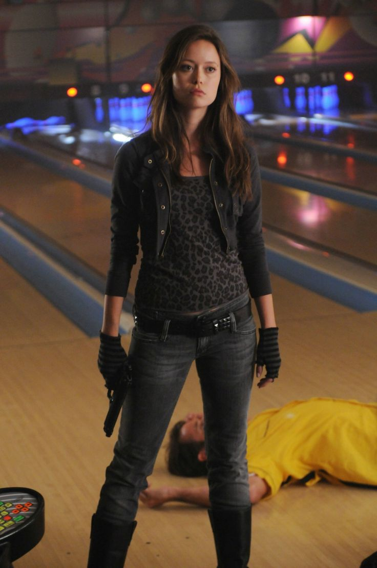 Summer Glau has trained in multiple forms of martial arts, including kung fu and kickboxing.