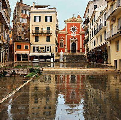 Corfu Photos :: It is an old city, after all :: Corfu, Greece