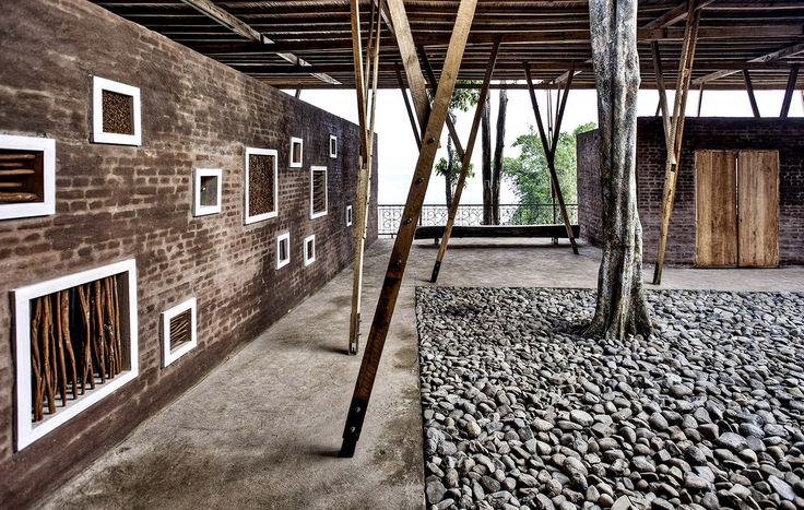 TYIN tegnestue Architects, Cassia Coop Training Centre, Sungai Penuh, Kerinchi, Sumatra 2012.  Ph. © Pasi Aalto  Boundaries, «Free Architecture», 7 / 2013. http://bookstore.boundaries.it