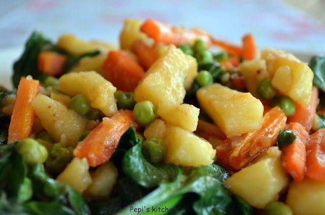 Λαχανικά ραγού http://www.pepiskitchen.blogspot.gr/2012/05/blog-post_07.html