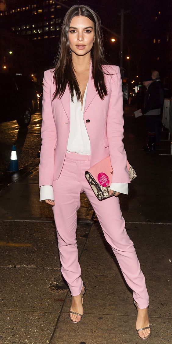 Emily Ratajkowski looking dazzling in a pink blazer and trousers.