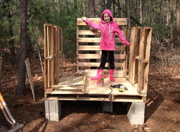 DIY Pallet Chicken Coop Plans | 99 Pallets