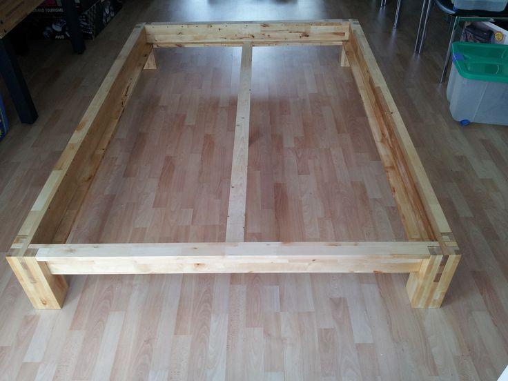 Bett (140 x 200) im Futon-Stil ohne Schrauben Bauanleitung zum...