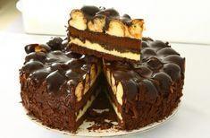 Kolay bir pasta olmamasına rağmen, verdiğiniz emeğe kesinlikle değecek bir pasta tarifidir. Pastamız kademeli olarak ortaya çıkmaktadır.