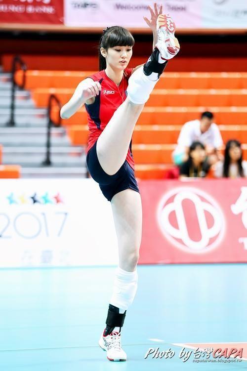 https://s-media-cache-ak0.pinimg.com/736x/54/c0/94/54c0945ecdc50805192f66daa9497efb--volleyball-girls-sport-girl.jpg