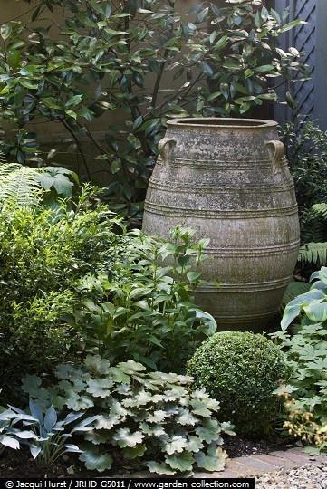 The Artful Gardener #greek #pottery
