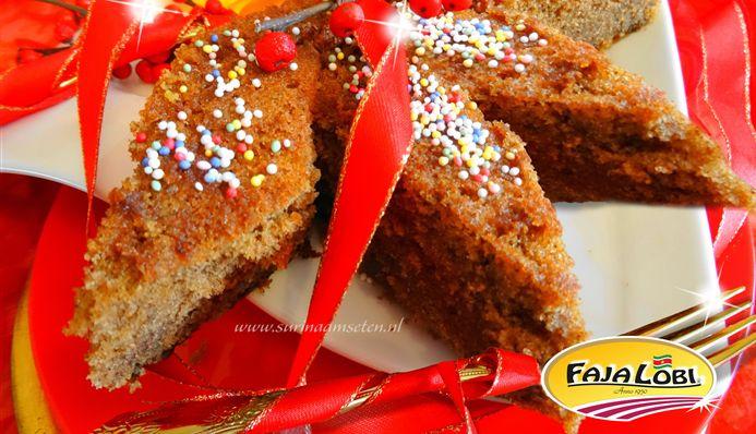 Surinaams eten – Faja Lobi Keksi (populairste Surinaamse bruine cake met rum en rozijnen geweekt in bruin bier)