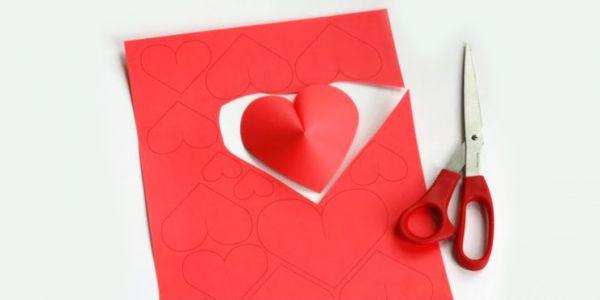 Ideas para decorar el cuarto de tu novio y darle una for 1 cuarto de cartulina