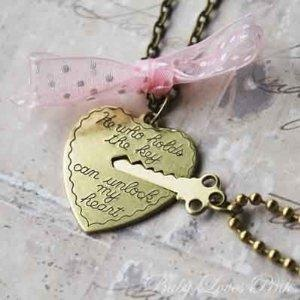'Key to My Heart - Heart and Key Couple's Necklace' : I love this so much.: Couple Gifts, Couple Necklaces, Gifts Ideas, Valentines Gifts, My Heart, Buttons, Keys Couple, Accessories, Valentines Day Gifts