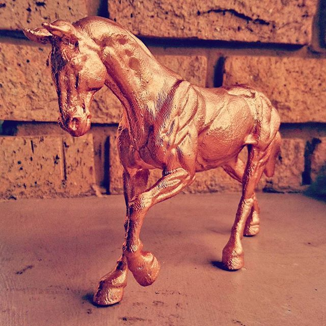 Golden horse. facebook.com/letme3dprintthat