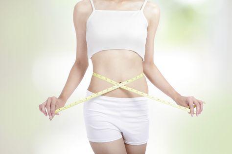 Die Max Planck Diät verspricht einen Gewichtsverlust von 9 Kilo in nur zwei Wochen. Ob das funktionieren kann? Und ob das gesund ist? Finde es heraus!