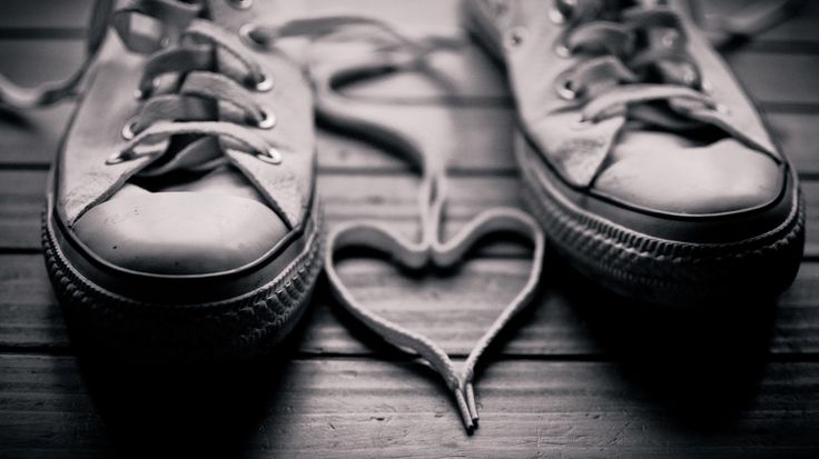 Converse Shoes with love wallpaper - OnlyBackgroundOnlyBackground