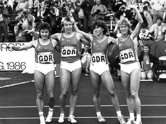 Leichtathletik-Frauen-Staffel der DDR (schwarz-weiß); Quelle: dpa                                                                                                                                                                                 Mehr