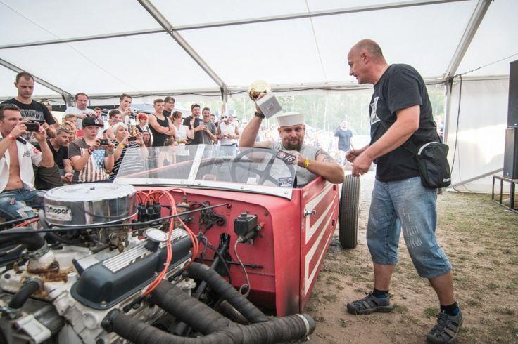 Fotogalerie 2016 | Hradecká V8 - Sraz Amerických vozů
