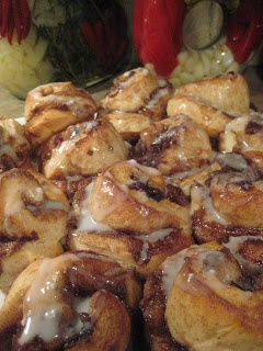 Not Just A Chick: Ooey Gooey EASY Cinnamon Buns