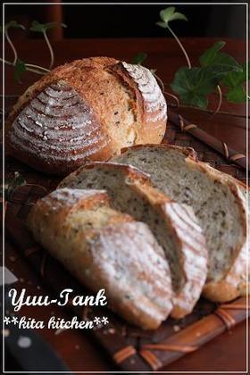 香ばしい☆ハニーごまパン~カンパーニュ