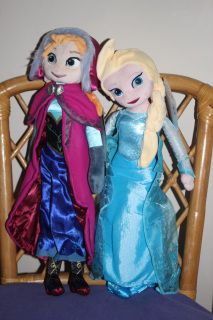 50cm plush dolls that are ideal for the younger or young at heart Frozen fan. On sale this weekend only with free post in Australia.