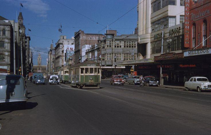 Elizabeth Street, Melbourne 1956 Photographer: Raymond Morris