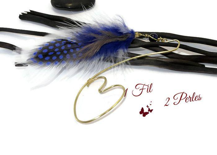 Marque page coeur en Laiton Plumes Blanche et Bleue Perle de Verre Bleue : Marque-pages par 1-fil-2-perles