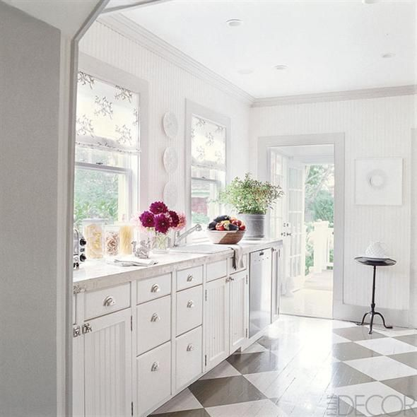I fell in love with this corner of a Southhampton cottage kitchen after seeing it featured in Elle Decor. I especially love the grey and white painted wood floor. Design by Timothy Whealon Interiors, New York. http://timothywhealon.com/