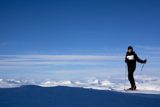 Skiing in Kilpisjarvi, Finnish Lapland by Visit Finland, via Flickr. Saariselkä activities http://www.saariselka.com/individual/activities