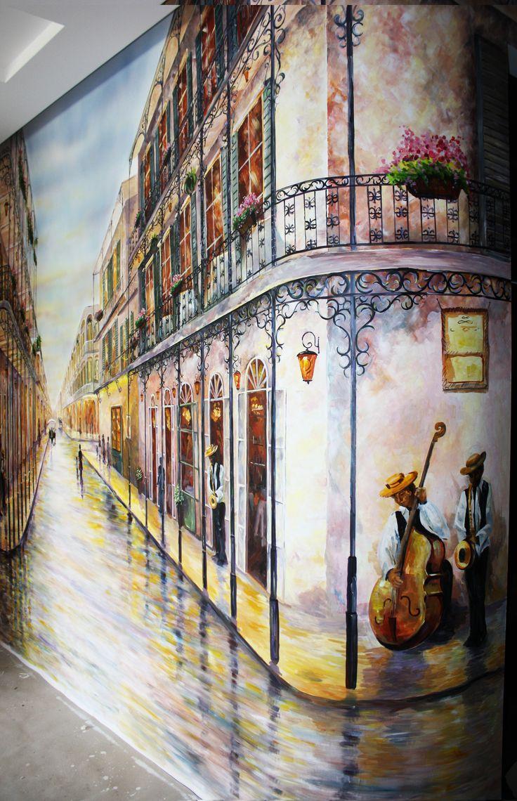 Художественная роспись на стене в квартире