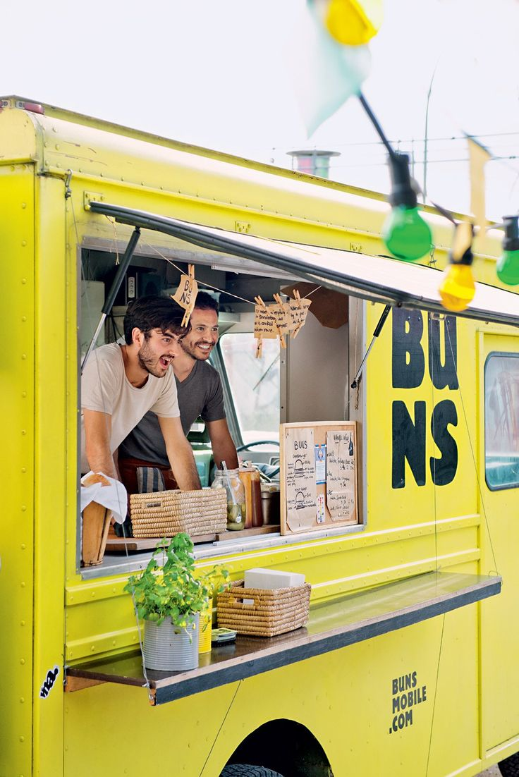 Best 25 food truck design ideas on pinterest food kiosk for Food truck interior design