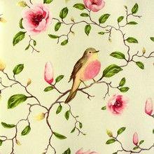 Un Bisou 10 - Skinnende cremefarvet tapet med fugle i blomstrende magnolietræ.