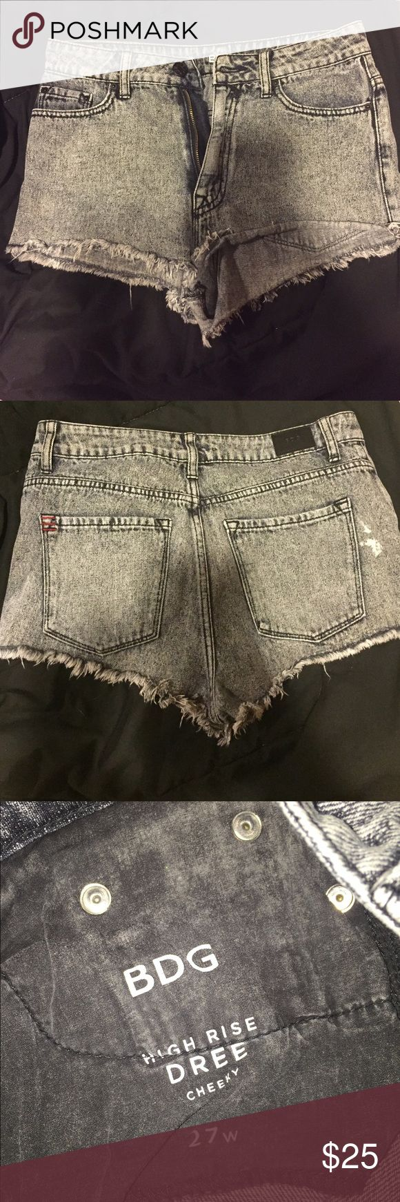 ◾️BLACK FRIDAY SALE! High waisted shorts Grunge style high waisted shorts.. Acid wash design .. Dark gray/light black .. Fringe bottom .. Size 27W.. The white stain on the back came on the design (it's not a bleach stain lol!) Urban Outfitters Shorts Jean Shorts
