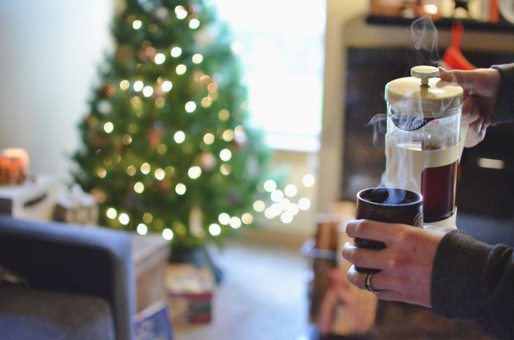 lazy saturday mornings with french press coffee and christmas lights <3   #vintage #eclectic #Christmas #coffee #butfirstcoffee #frenchpress #steam #cozy  Untidy Grace Holiday Home Tour 2016