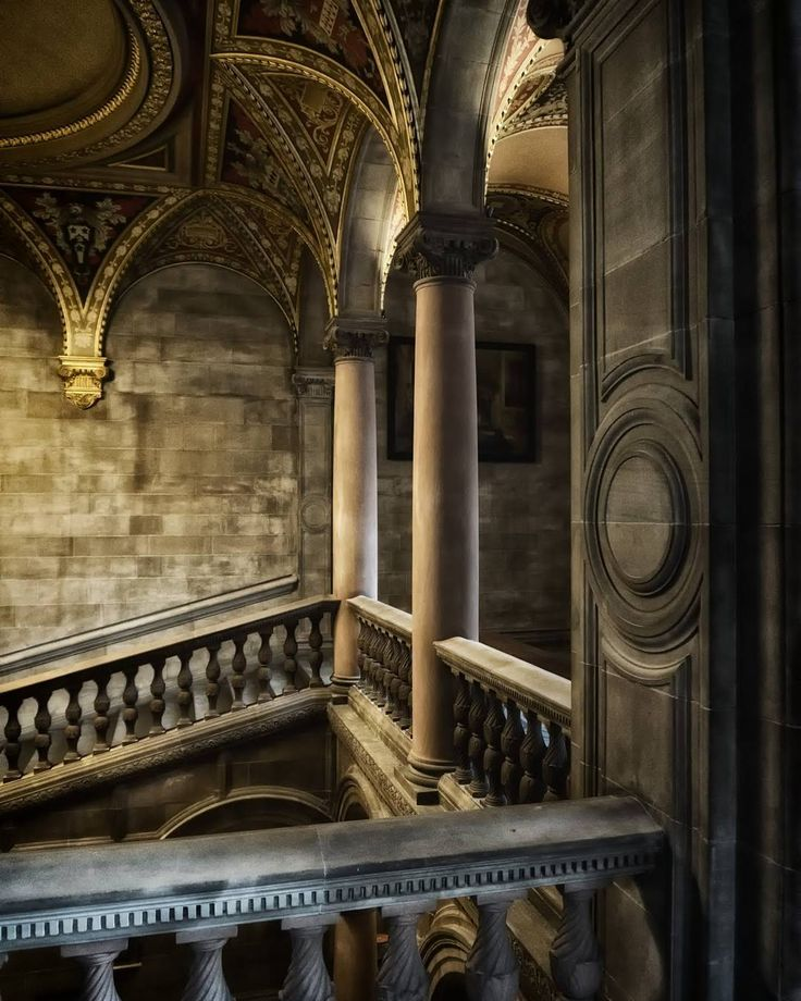 Welcome to Hogwarts #harrypotter #mcewanhall @uoefestivals @edinburgh -- #universityofedinburgh #uoe #eusa #edinburgh #thisisedinburgh #scotspirit #Visitscotland #lovescotland #igersedinburgh #igersscots #instaboy #travel #movie #wizard #poudlard #hogwarts #jkrowling #university #europe #traveleurope #architecture #instaarchitecture #picoftheday http://ift.tt/2zGib8A